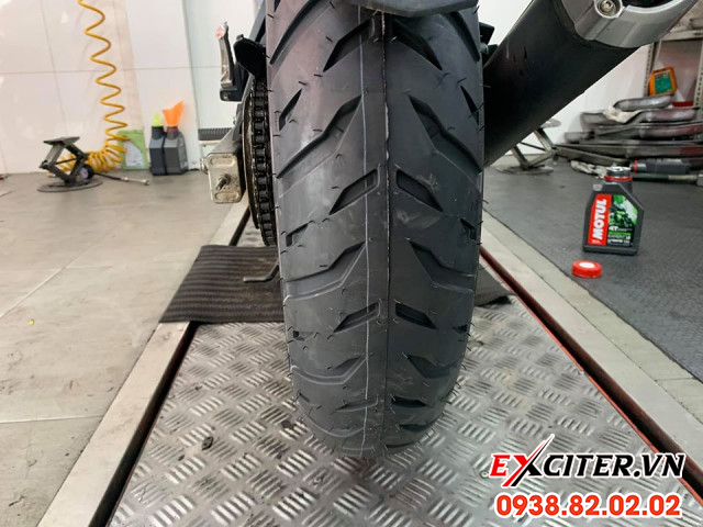 Vỏ michelin pilot street 2 14070-17 cho exciter 150 - 1