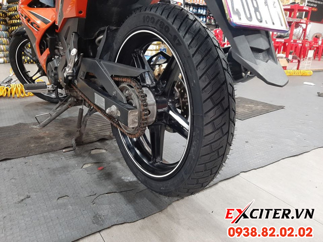 Vỏ michelin city grip pro 10080-17 cho exciter - 1
