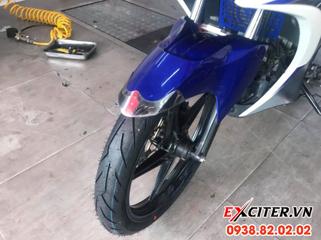 Vỏ pirelli diablo rosso sport 8090-17 cho exciter - 2